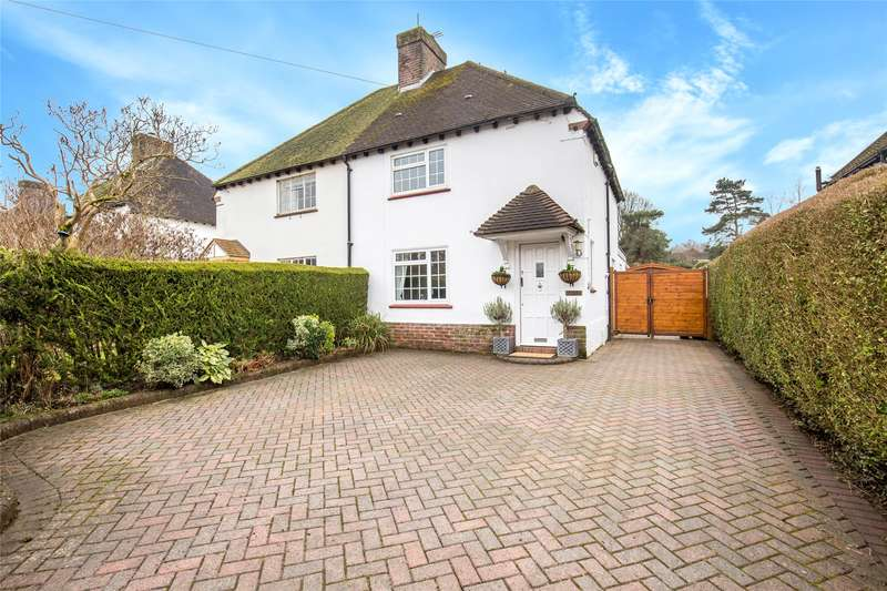 3 Bedrooms Semi Detached House for sale in Stoneleigh Road, Oxted, Surrey, RH8