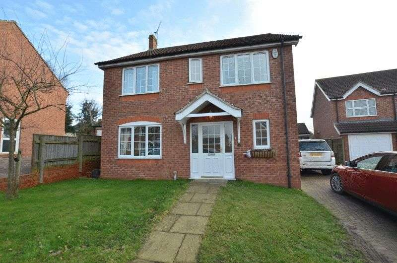 4 Bedrooms Detached House for sale in Edgar Close, Scotter, Gainsborough