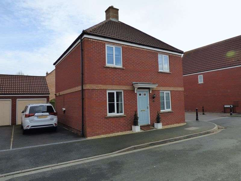 3 Bedrooms Detached House for sale in The Badgers, St Georges, Weston-Super-Mare
