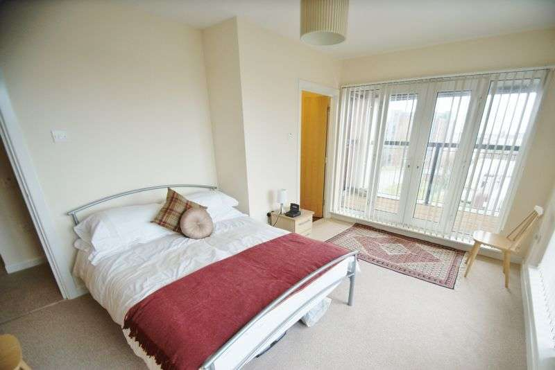 3 Bedrooms Flat for sale in Gilmartin Grove, Liverpool