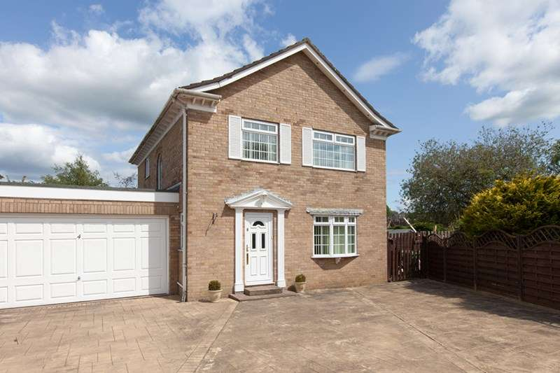 3 Bedrooms Detached House for sale in 4 Park Close, Penrith