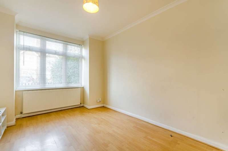 3 Bedrooms End Of Terrace House for sale in Beverley Road, New Malden, KT3
