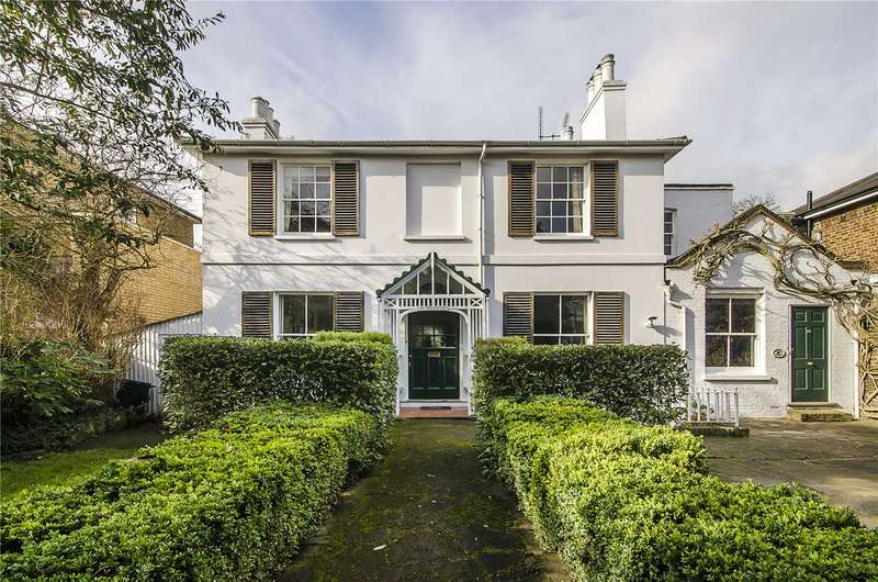 5 Bedrooms Detached House for sale in Charlwood Road, London, SW15