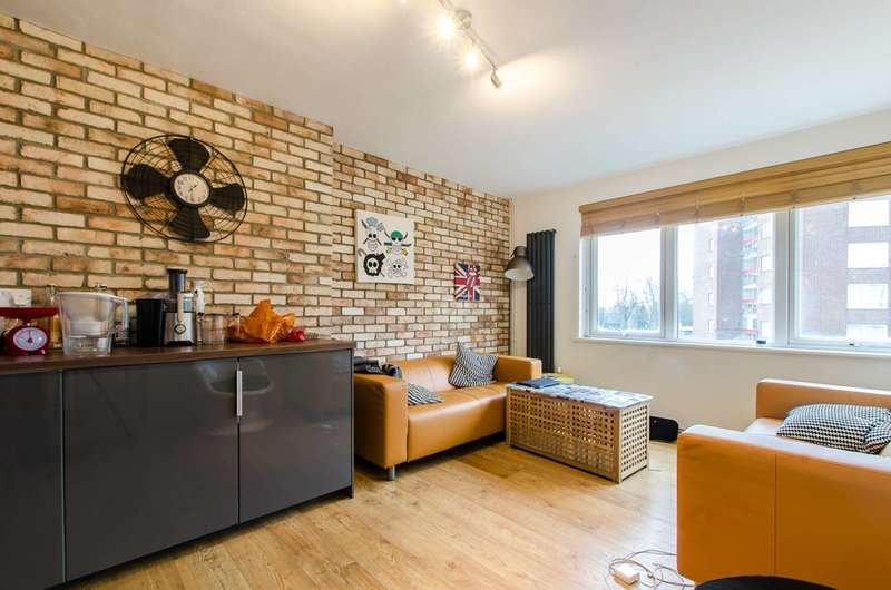 4 Bedrooms Flat for sale in Challice Way, Brixton, SW2