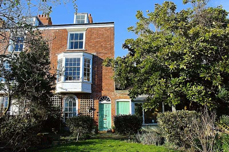 4 Bedrooms Terraced House for sale in Chamberlaine Road, Weymouth