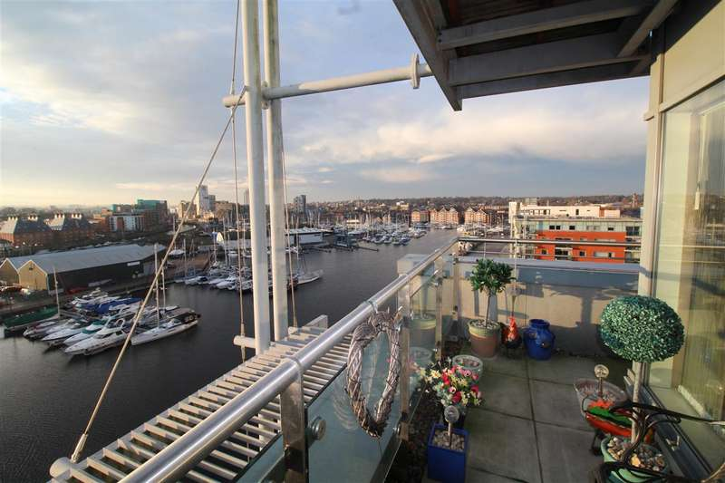 2 Bedrooms Apartment Flat for sale in Capstan House, Ipswich Waterfront - Rarely Available Ninth Floor Apartment With Stunning Water Views