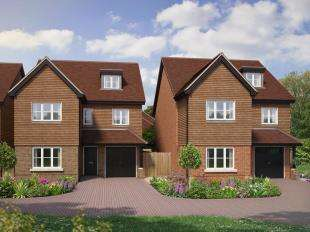 4 Bedrooms Detached House for sale in Wychwood Place, Turners Hill Road, Crawley Down, West Sussex