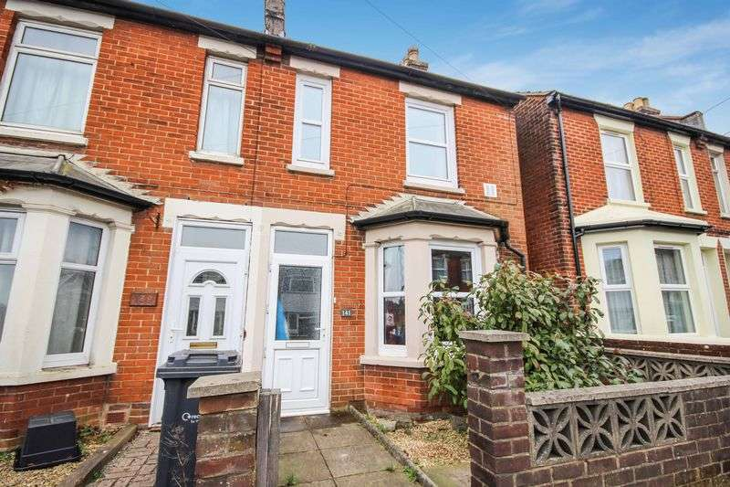2 Bedrooms Terraced House for sale in DEVIZES ROAD, SALISBURY, SP2.