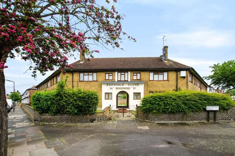 3 Bedrooms Flat for sale in Edenvale Close, Tooting, CR4