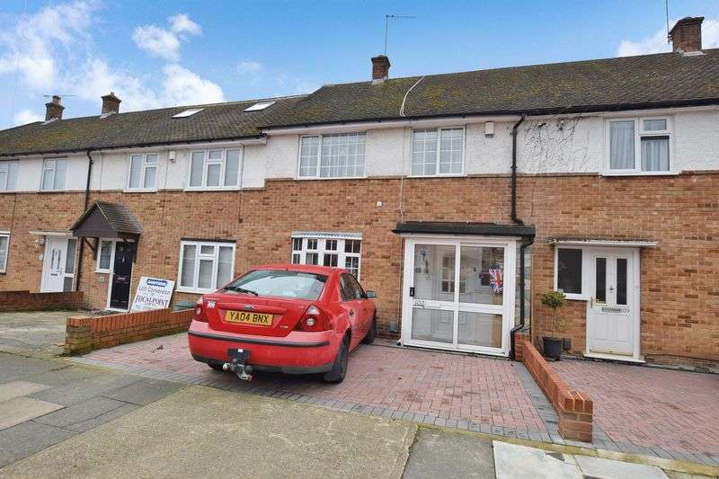 2 Bedrooms Terraced House for sale in Heron Way, Upminster