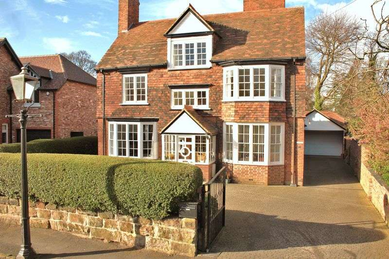 6 Bedrooms Detached House for sale in Maltmans Road, Lymm