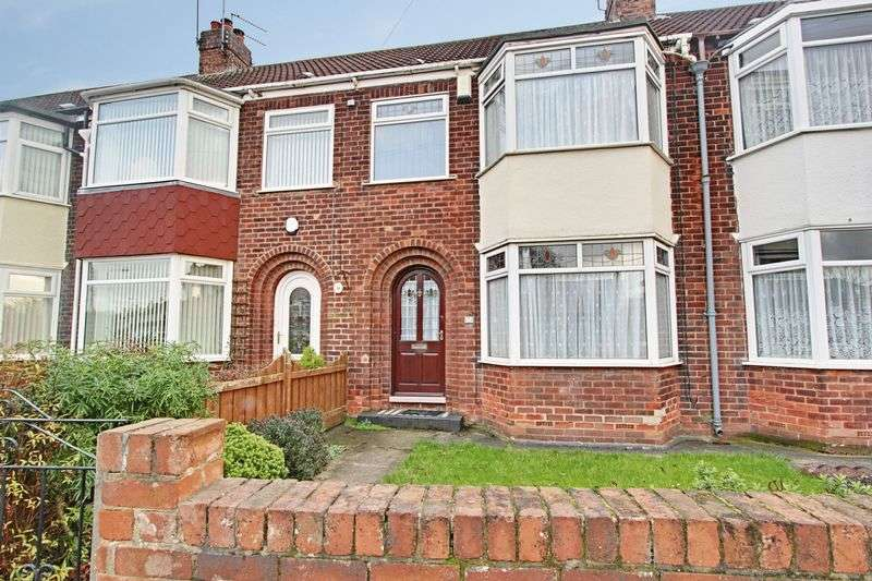 3 Bedrooms Terraced House for sale in Strathcona Avenue, Hull
