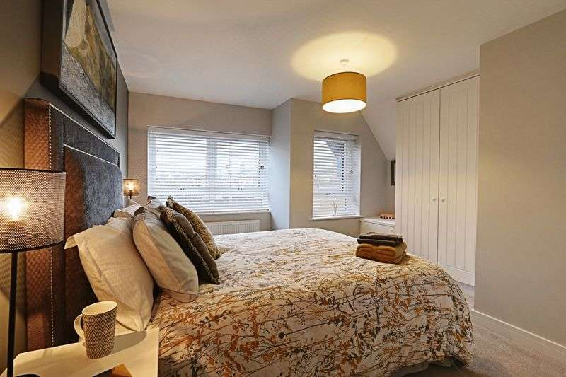3 Bedrooms Terraced House for sale in Beverley Road, Hull