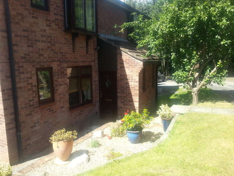 1 Bedroom Apartment Flat for sale in Walesby Court, Cookridge, Leeds