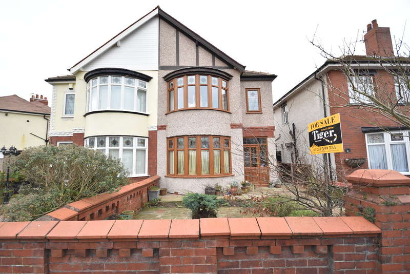 3 Bedrooms Semi Detached House for sale in Chatsworth Avenue, Blackpool