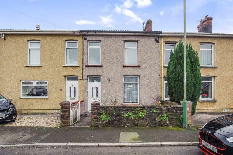 3 Bedrooms Terraced House for sale in Llanarth Square, Risca, Newport