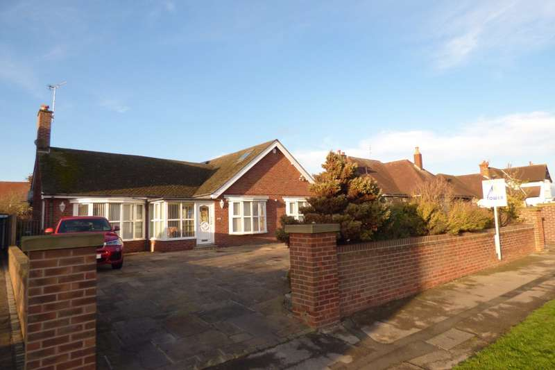 3 Bedrooms Bungalow for sale in Newton Drive, Blackpool