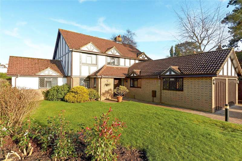 5 Bedrooms Detached House for sale in Huntsmans Close, Warlingham, Surrey, CR6
