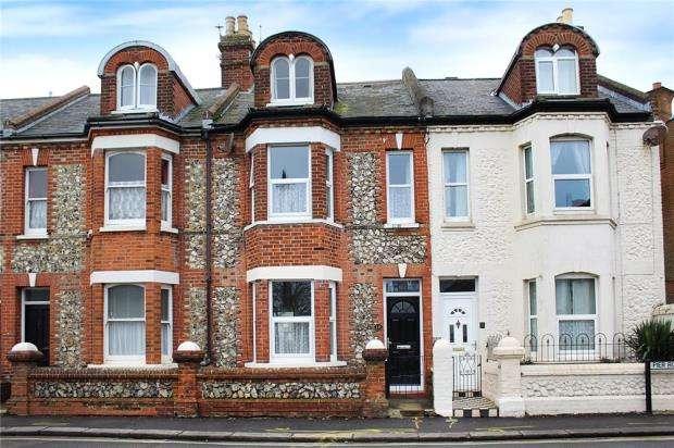 4 Bedrooms Terraced House for sale in Pier Road, Littlehampton, West Sussex, BN17