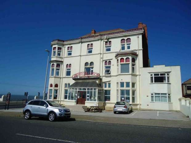 13 Bedrooms Hotel Gust House for sale in Warley Road North Shore Blackpool