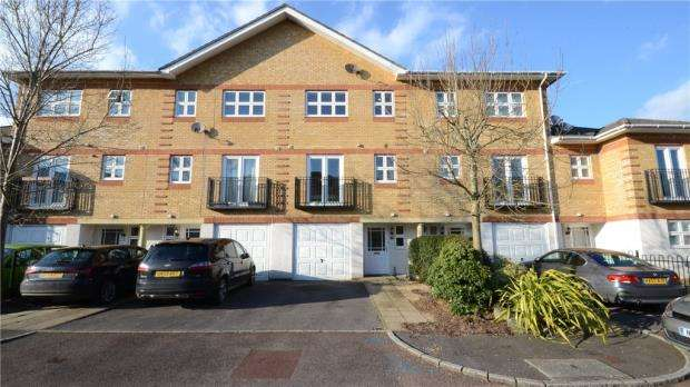 4 Bedrooms Terraced House for sale in Ogden Park, Bracknell, Berkshire