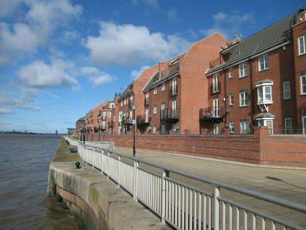 3 Bedrooms Apartment Flat for sale in Armstrong Quay, Liverpool