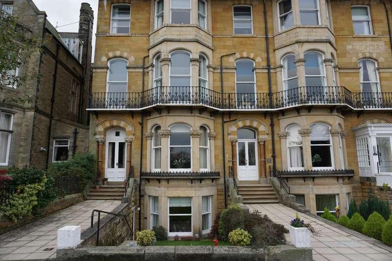 2 Bedrooms Apartment Flat for sale in Astoria Court, Esplanade, Scarborough, YO11 2BA