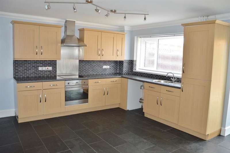 3 Bedrooms Terraced House for sale in Cottonwood, Thorntree, Middlesbrough, TS3 9RG