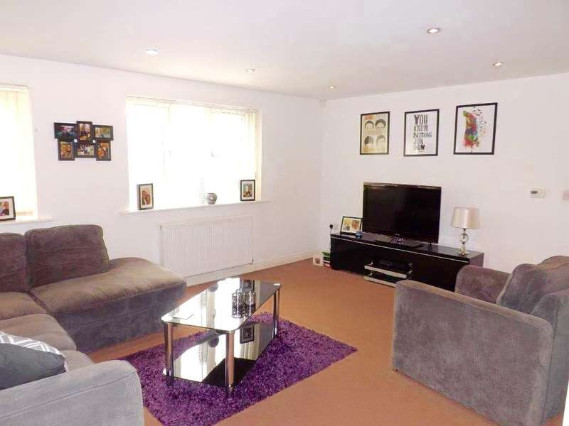 2 Bedrooms Apartment Flat for sale in Cumberland Point, 46A Cumberland Avenue, Manchester, M27 8HN
