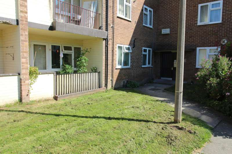 2 Bedrooms Flat for sale in Pasture Road, Wirral, , CH46 8SB