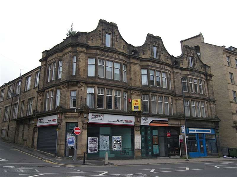 1 Bedroom Flat for sale in Sunbridge Road, Bradford, West Yorkshire, BD1 2AQ