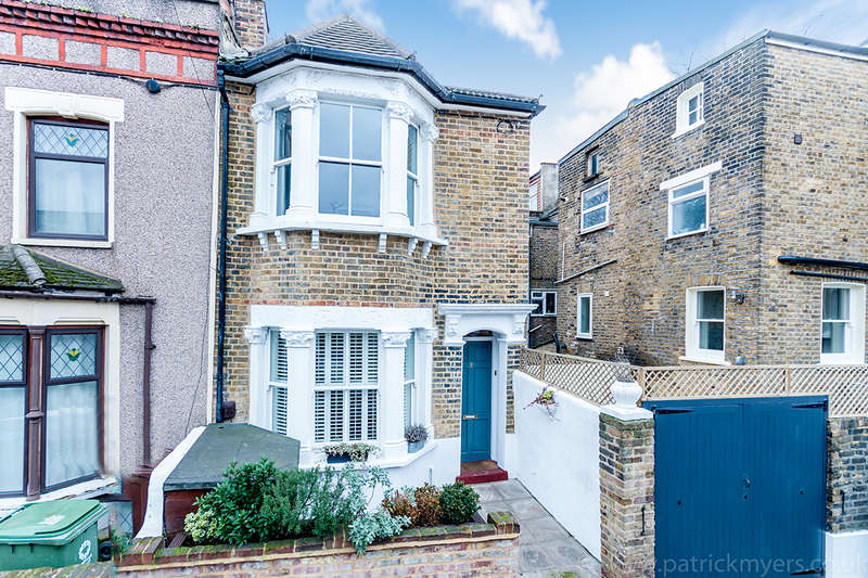 3 Bedrooms End Of Terrace House for sale in Ada Road, Camberwell, SE5