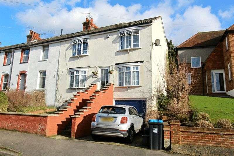 4 Bedrooms Terraced House for sale in Caterham
