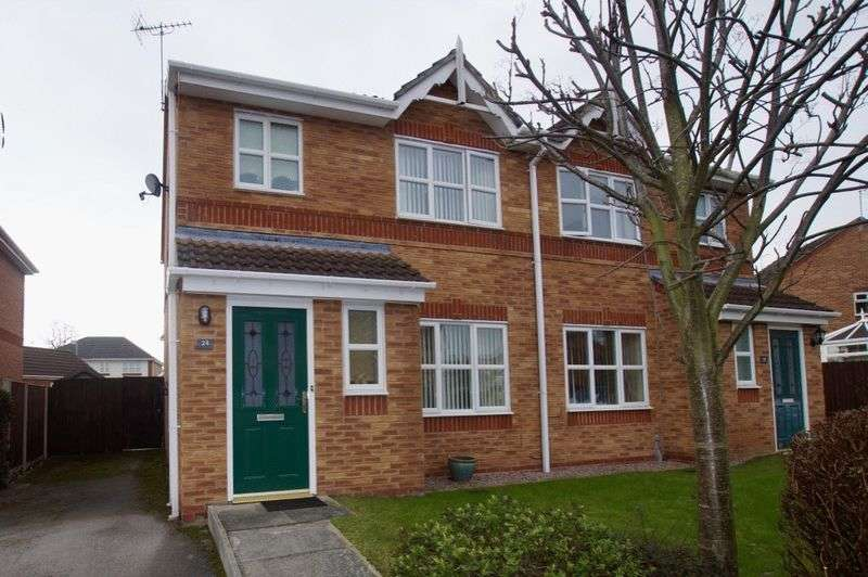 3 Bedrooms Semi Detached House for sale in St Andrews Crescent, Wrexham