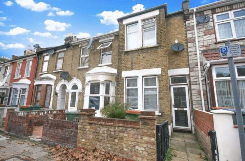 1 Bedroom Terraced House for sale in One Bed Freehold Terrace House