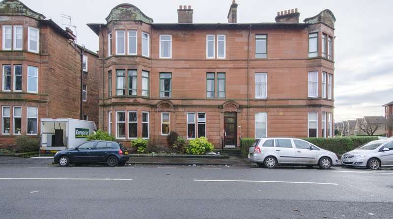 3 Bedrooms Flat for sale in Moss Side Road, Glasgow, Lanarkshire, G41