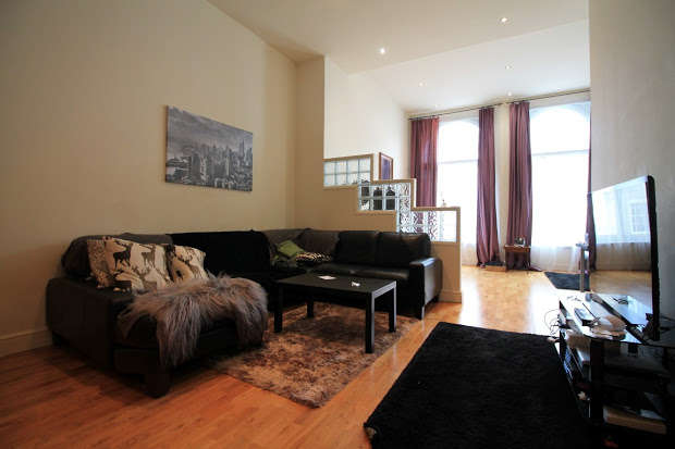 Apartment Flat for sale in High Street, Cardiff, CF10