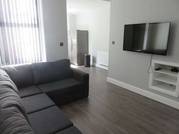 6 Bedrooms End Of Terrace House for rent in Halsbury Road, Kensington, LIVERPOOL, L6
