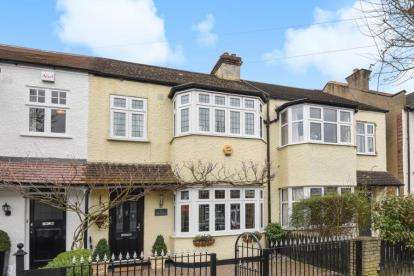 3 Bedrooms Terraced House for sale in Balgowan Road, Beckenham