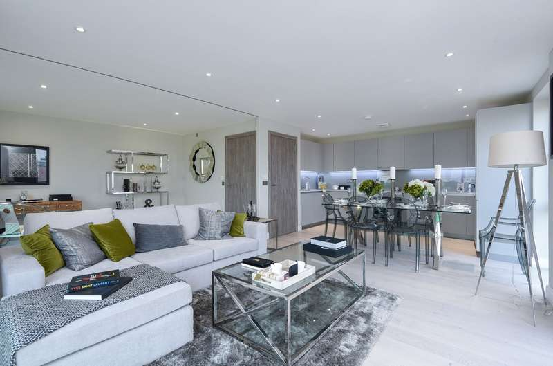 3 Bedrooms Flat for sale in Plough Road, Battersea, SW11