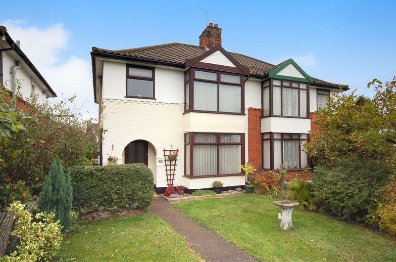 3 Bedrooms Semi Detached House for sale in Norwich Road, Thetford