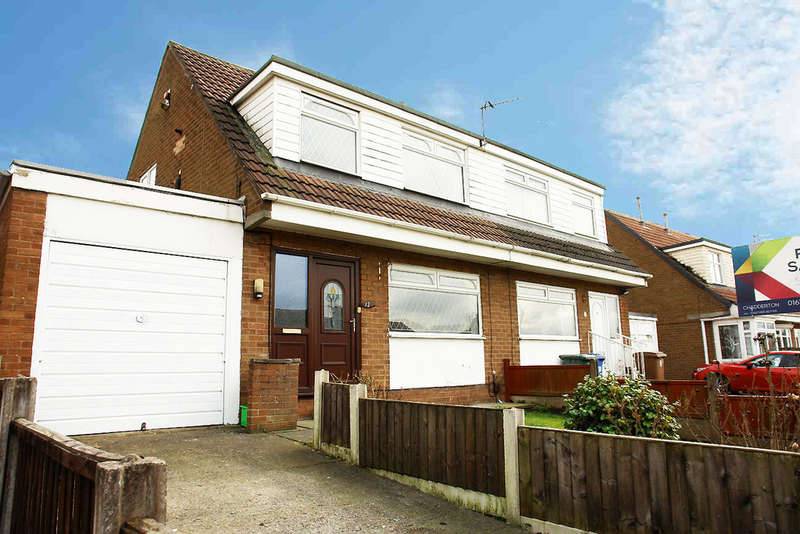 3 Bedrooms Semi Detached House for sale in 12 Chilton Drive, Middleton