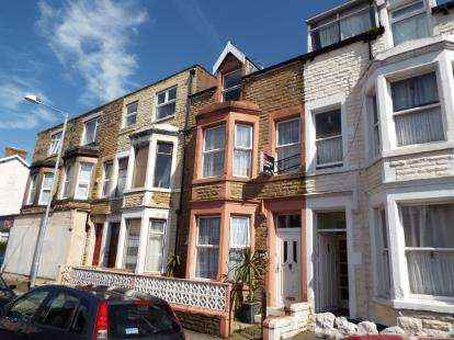 7 Bedrooms Terraced House for sale in Clarendon Road, Morecambe, Lancashire, LA3