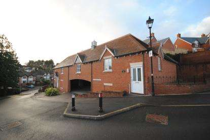 2 Bedrooms Semi Detached House for sale in West Park Road, Sidmouth, Devon
