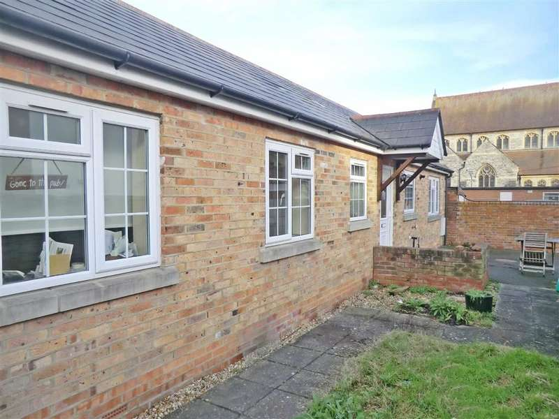 2 Bedrooms House for sale in Stable Cottage, Bournemouth, Dorset