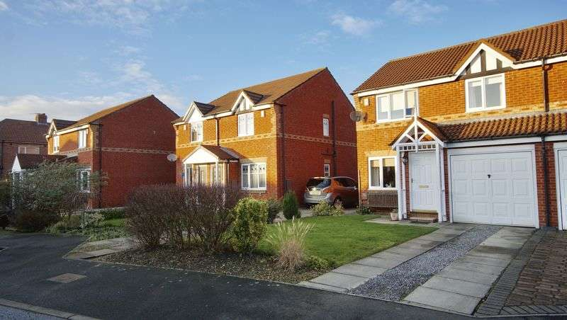 3 Bedrooms Semi Detached House for sale in THE WYND Forest Hall