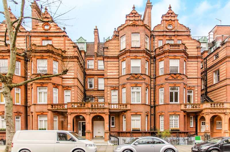 2 Bedrooms Flat for sale in Sloane Gardens, Sloane Square, SW1W