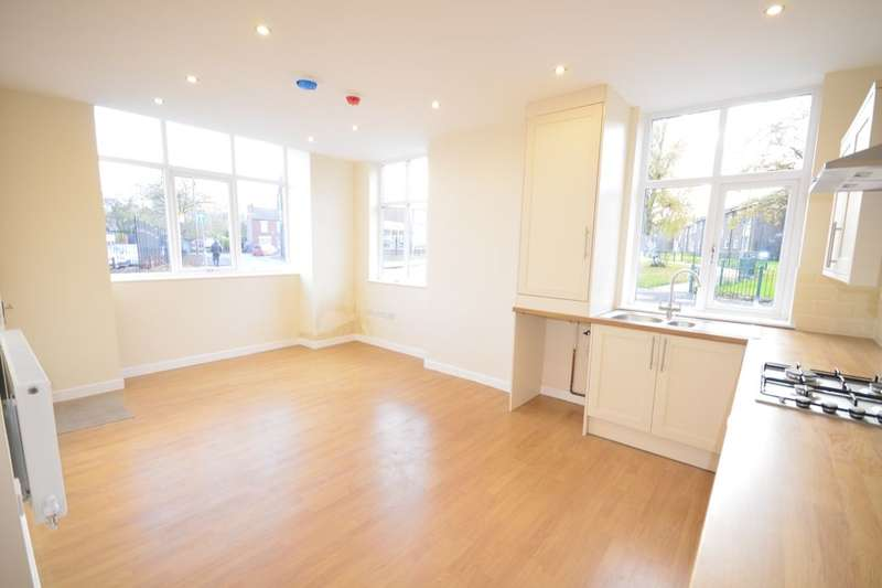 1 Bedroom Flat for sale in Egerton Street, Farnworth, Bolton, BL4