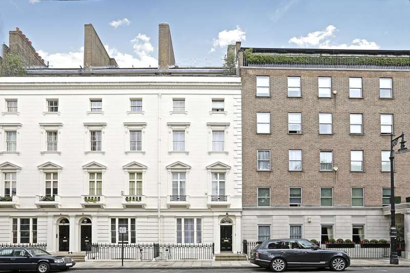 3 Bedrooms Triplex Flat for rent in Chester Square, Belgravia, London SW1W