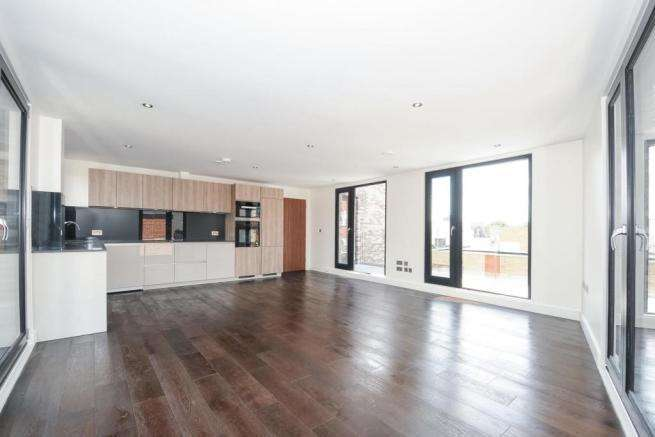 3 Bedrooms Apartment Flat for sale in Rothsay Street, London SE1